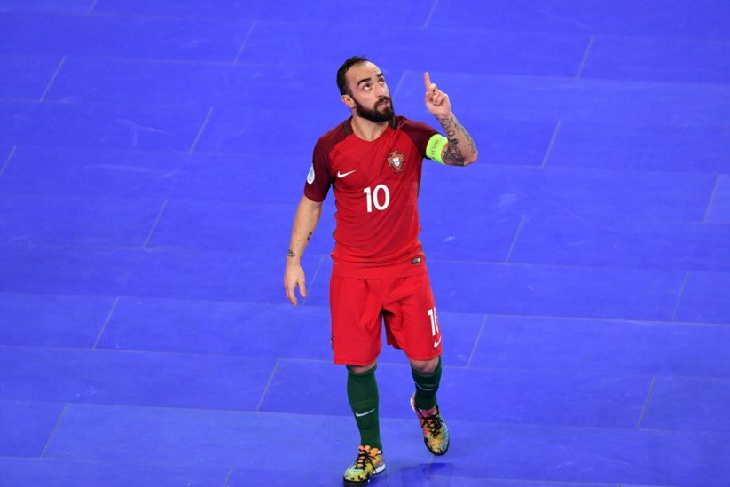 Portugal apura-se para as meias-finais do Europeu de futsal