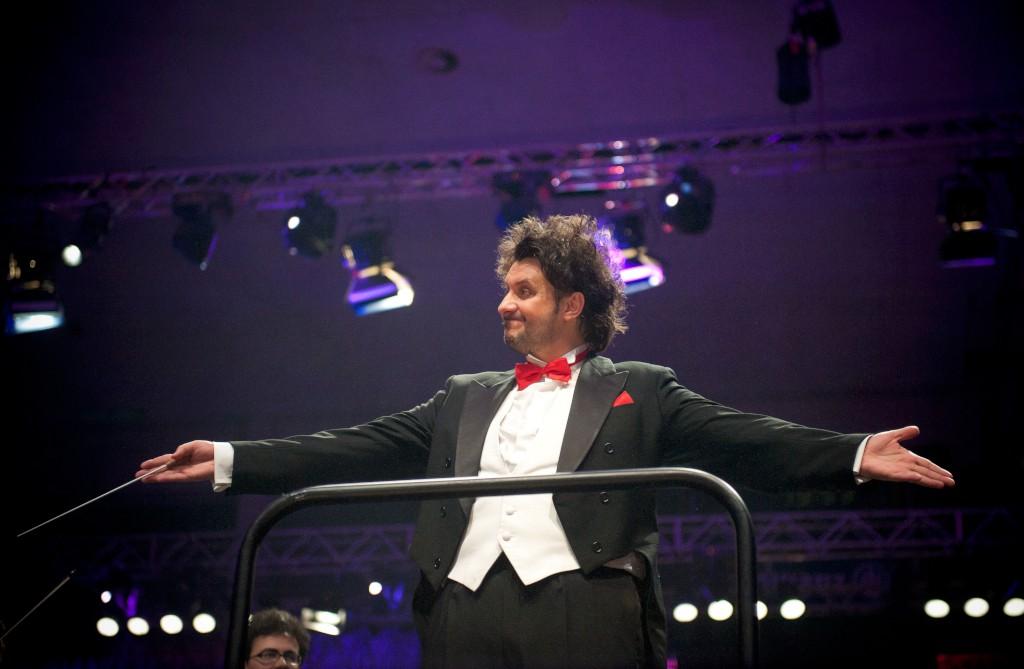 R�dio Nova 98.9 FM - Porto | Maestro Rui Massena vai fazer o ...